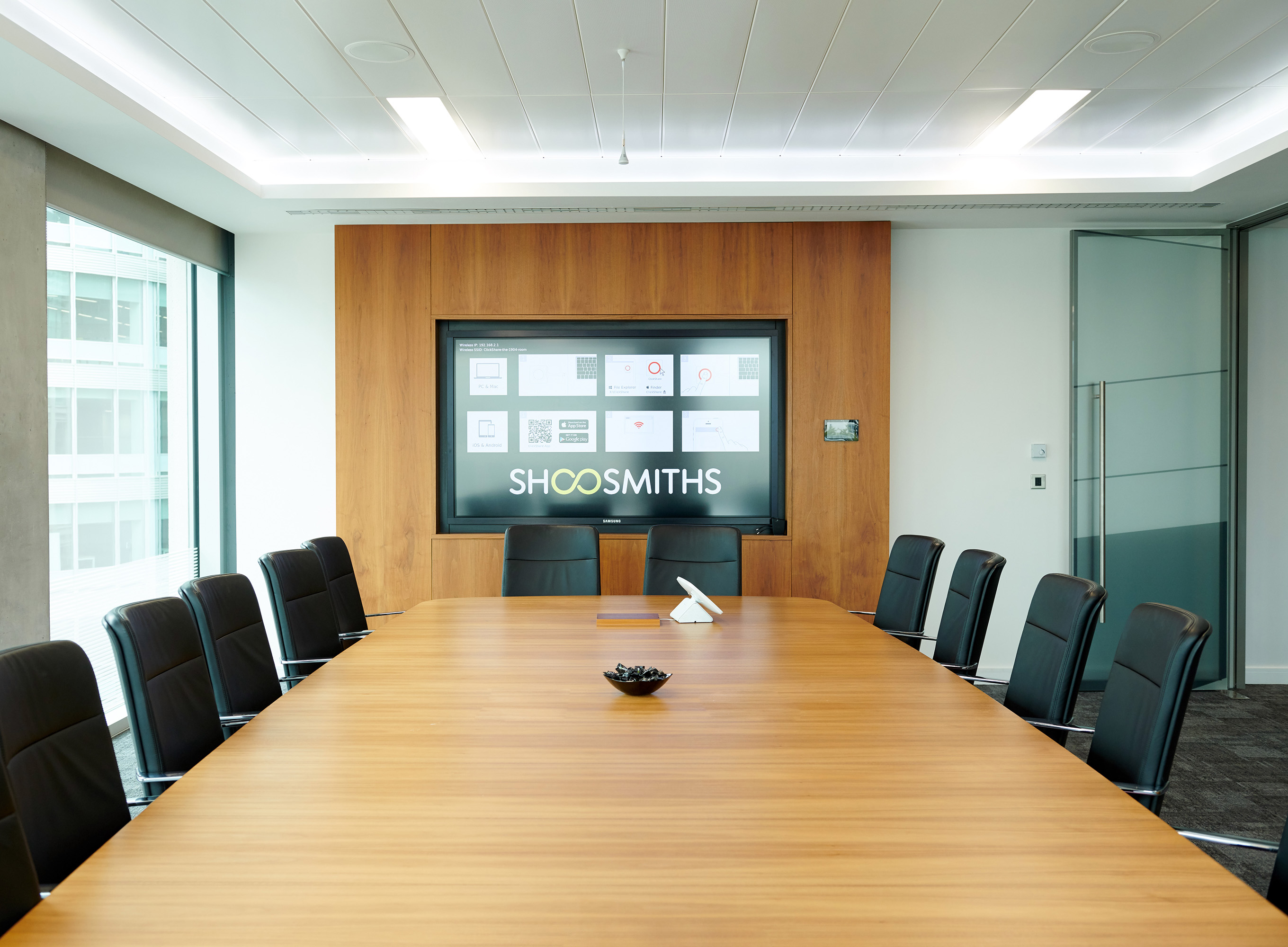 Shoosmiths – Best Recruiter - National/Large Regional Firm | Boardroom Meeting Room